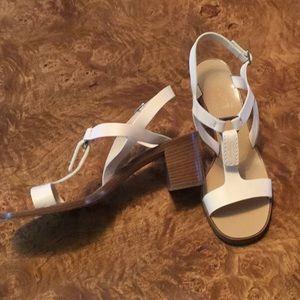 Salvatore Ferragamo Cream Leather Sandals